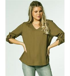 Circle of Trust Tops W19_5_4010 izzy Army
