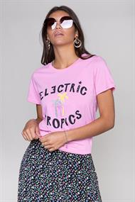 Colourful Rebel Korte mouw T-shirts 10419 electric