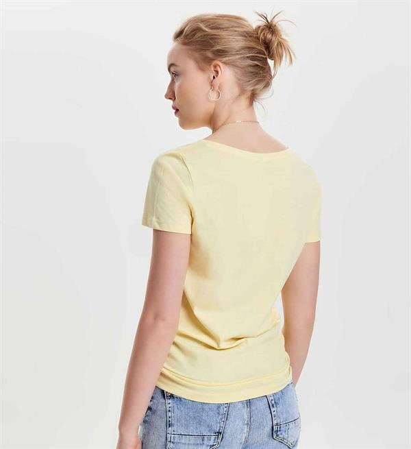 only-t-shirts-15135463-lichtgeel